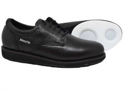 BalancePlus Delux curling shoes side by side view